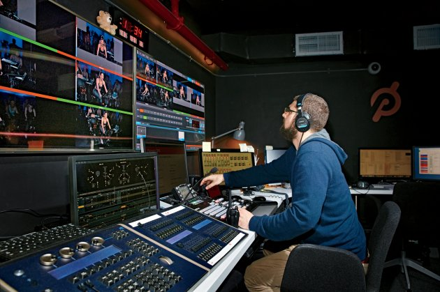 What are the server's costs for Peloton video streaming? 6
